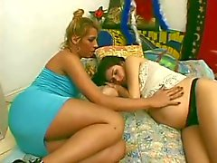 Hot Carla drills sweet pussy