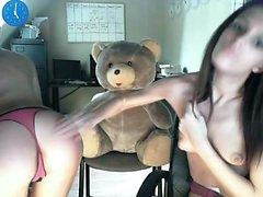 Twins filles webcam amateur lesbienne maison 2010