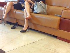 Candid Asian Shoeplay 5 Feet Nov 2016