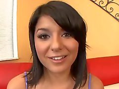 Cristina Moure drinken jizz