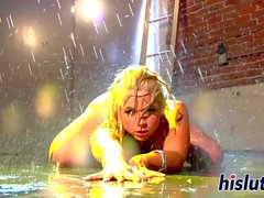 Hot Masturbation Session mit erstaunlichen Sarah Vandella