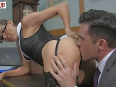 Kinky Boss Sadie Holmes HANDJOB BLOWJOB CUMSHOT