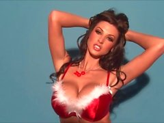 Alice Goodwin en Busty Christmas mirakel