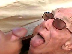 3 Großvater en la Piscina