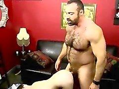 Jungen nackt Kilt gay twink Er nagelt den Jungen rock hart und mak