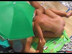 Handjob, blowjob and quick beach sex exposed on hidden cam