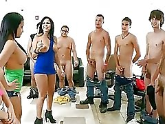 Abella Anderson & Her Pals Tease ...