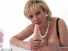 Cheating uk mature gill ellis presents her massive tits