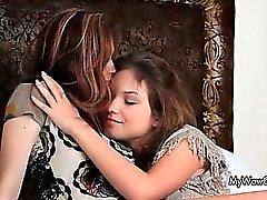 Zwei hübsch Fotze lieb Teenager-Mädchen das
