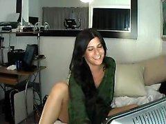 Shyla Jennings striptease para lingerie de renda