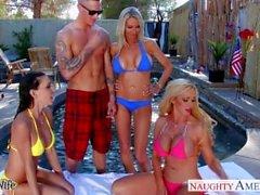 Sexy femmes Emma Starr, Jessica Jaymes et Nikki Benz partager cock