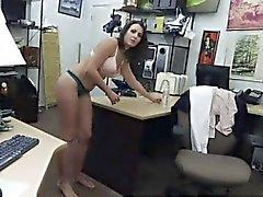 Brunette esposa rusa a Anna en primer lugar parte del Cliente quiere lo el tiempo D de