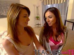 Teacher Fucks Teens - College party deepthroating threesome