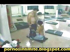 pillados cogiendo en el gym