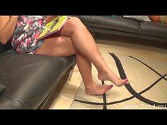 Kimberly barefoot play