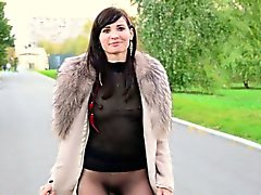 Jeny Smith Public pantyhose flashing.