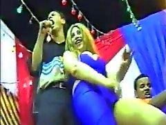 hot blue Arab Dancer ... gamda fash5
