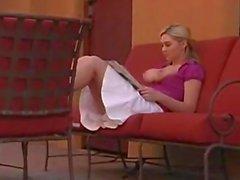 Alison Angel - Kampauspöydät Down Kun julkinen