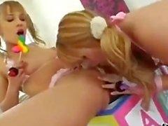 Голубой ангел а Лексусы Белль находятся горячие блондинка на lesbains