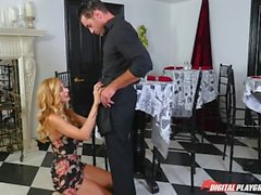 DP Star 3 - Alto Louro Impressionante Alexa Grace Deep Throat Blowjob
