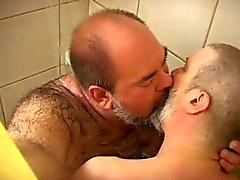 Carnudo e Bear