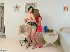 Tattooed honeys Netta and Willa share one love