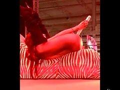 Natassia dreams porno show in FEDA by Viciosillos