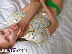 Free Beata girl dildoing her tight anal