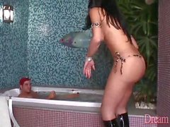 Sexy Transen Isabelly Ferraz erhält ihr Arschloch zu
