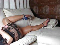 Pernas perfeitas e salto alto e sapatos e corpo Mulher