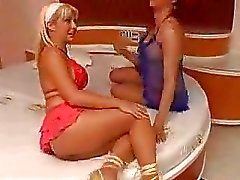 Red haired tranny fucks nice blonde