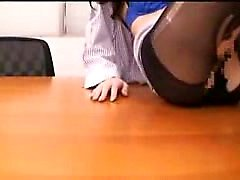 Elegant Japanese babe in pantyhose confesses her love for h