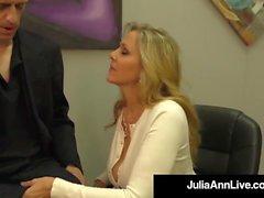 Adult Award Gewinner Julia Ann Drains ein Hahn mit heißen Handjob!