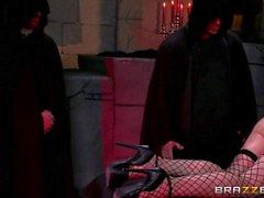Mandy Muse gets an anal gangbang