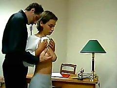 Tettona teen ottenere il suo asino tette ha lucidato Sculacciati To rossi Per Dottore