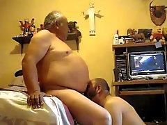 vanhempien miesten videolle 00,023 tuhat
