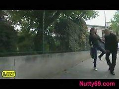 Французском девушка хорошим ебешь на улицу