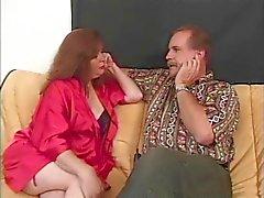 Olgun redhead iki adamlara oral seks sonra becerdin alır verir