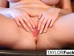Emily Addison y Taylor Vixen