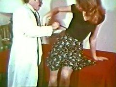 Peepshow Loops 198 70s and 80s - Scene 4