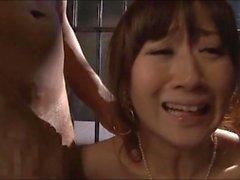 Schwarz Vernehmer gefoltert einen japanischen Spionin 1