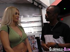 Busty blondin suger bbc