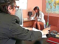 Fellations pour l'enseignant d'âge mûr