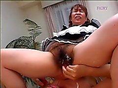 Japanische behaart Granny Zimmermädchen! !