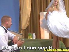 Bröllopsklänning bruden pussylicked att spela game