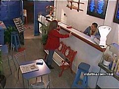 Jäätelö piilotettu kamera suihin latina tyttöystävä amatööri pelata