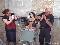 Torturas los pies de los esclava Elisa los sepulcros en la DDSM