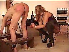 Güzellik 2 köleler işkence