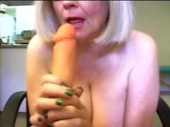Butt Dance Bitch Zoe Zane Mature Porn Star