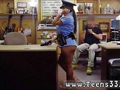 Audreys Bitoni erhält einen großen Schwanz verdammte Ms Polizeibeamte